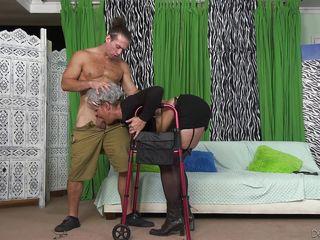 Порно мужики кончают скачать бесплатно
