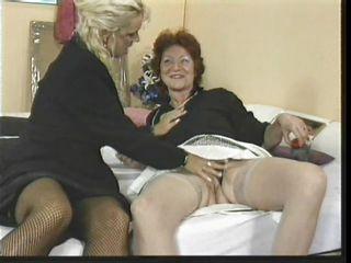 Скачать порно старые с молодыми
